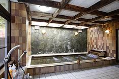 御婦人大浴場 (総檜風呂)
